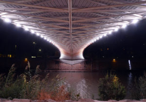Puente rio